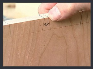 ThroughDovetails05_CuttingTails_Step01