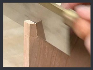 ThroughDovetails05_CuttingTails_Step03