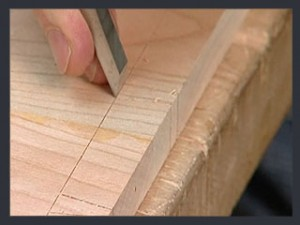 ThroughDovetails05_CuttingTails_Step04