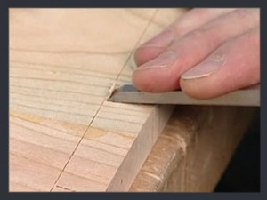 ThroughDovetails05_CuttingTails_Step05